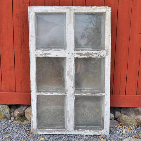 Nytillverkade gamla fönster