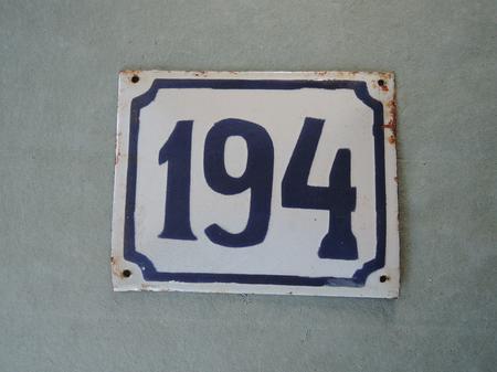 Vanha emalikyltti numero 194