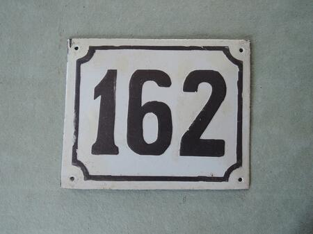Gammal emaljskylt nummer 162