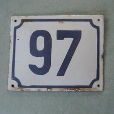 Gammal emaljskylt nummer 97