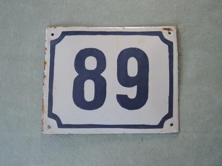 Vanha emalikyltti numero 89/68