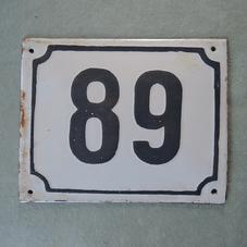 Gammal emaljskylt nummer 89/68