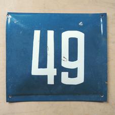 Vanha sininen emalikyltti numero 49