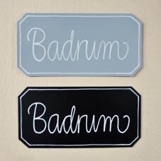 """Plåtskylt """"Badrum"""""""