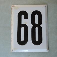 Iso vanha emalikyltti numero 68/89